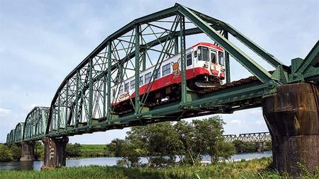 日本の鉄道遺産 アメリカ系トラスの風格-樽見鉄道・揖斐川橋梁-