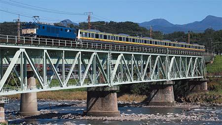 南武線E233系による車両置換えの記録