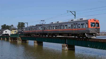 日本のローカル私鉄 30年前の残照を訪ねて 28北陸鉄道浅野川線