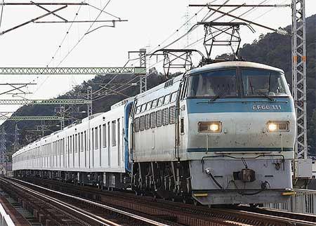 東武鉄道50000系50003編成が甲種輸送される