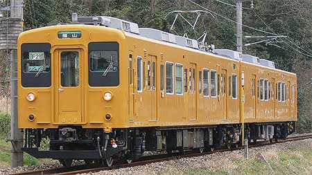 岡山電車区105系F2編成が黄色塗装に