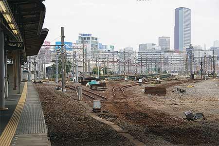 品川駅で10番線などのレールが撤去される