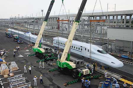 N700系8000番台が熊本総合車両基地に搬入される