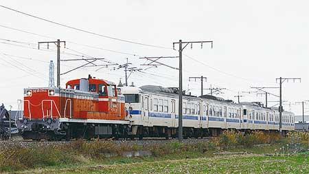 717系Hk901編成とHk6編成が小倉工場へ