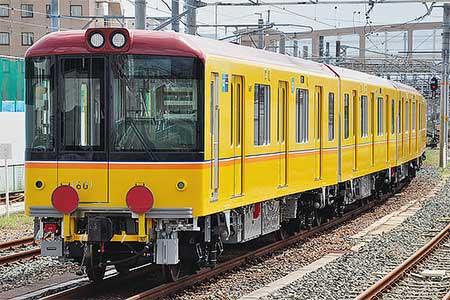 東京メトロ1000系第1編成が甲種輸送される