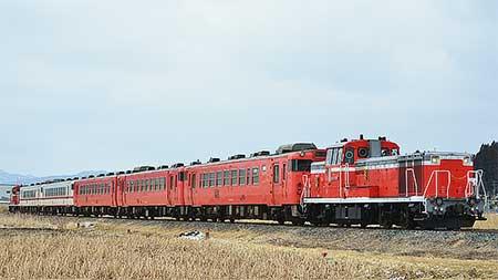 八戸線で試運転とキハ40系の回送