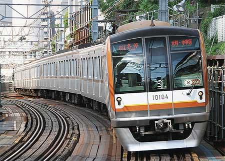 東京メトロ10000系が東横線で営業運転を開始