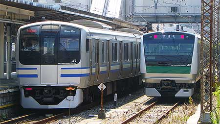 E233系7000番台が総合車両製作所から出場