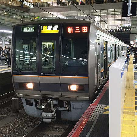 大阪駅6番のりばに可動式ホーム柵が設置される