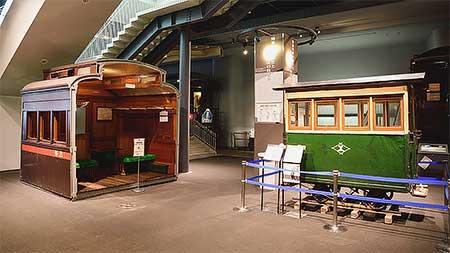 鉄道博物館 「車両ステーション」で展示物移動