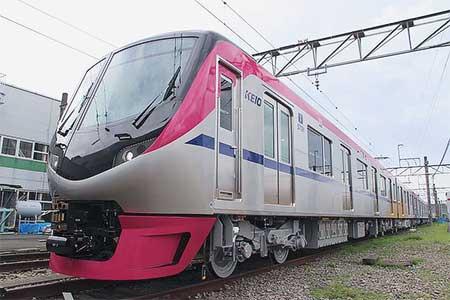 京王5000系,9月29日に営業運転を開始