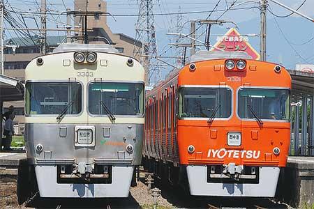 伊予鉄道3000系の新塗装車が登場