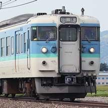 大糸線で115系による団体臨時列車運転