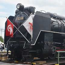 梅小路蒸気機関車館で転車台を活用した蒸気機関車の特別展示