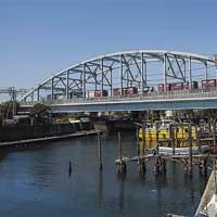 日本の鉄道遺産 3線のランガー橋-東海道貨物線・桜堀橋梁-