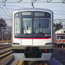 9月4日から東急東横線で「青ガエル」ラッピング電車を運転