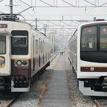 日光線用107系と同205系600番台が並ぶ