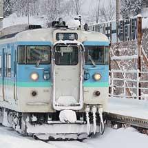 大糸線でE127系普通列車を115系が代走