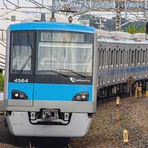小田急4000形が松戸車両センターから返却される