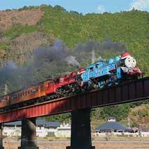 大井川鐵道で「トーマス号」と「ジェームス号」の重連運転