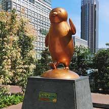 新宿駅で「Suicaのペンギン広場」がオープン