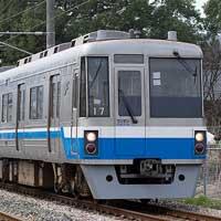 セミステンレス鉄道車両考