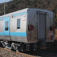JR四国2000系2201号が出場