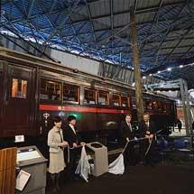鉄道博物館でナデ6110形式(6141号電車)の記念銘板除幕式