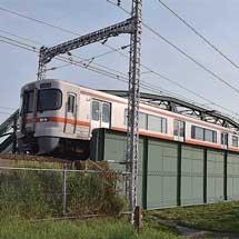 日本の鉄道遺産 富士山の眺望-東海道本線・富士川橋梁(上り線)-