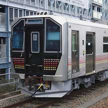 JR東日本GV−E400系が甲種輸送される