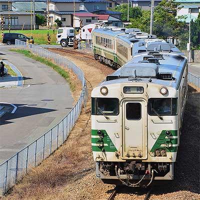 http://cdn3img.railf.com/sq400/2017/08/sq170803_48_8561.jpg